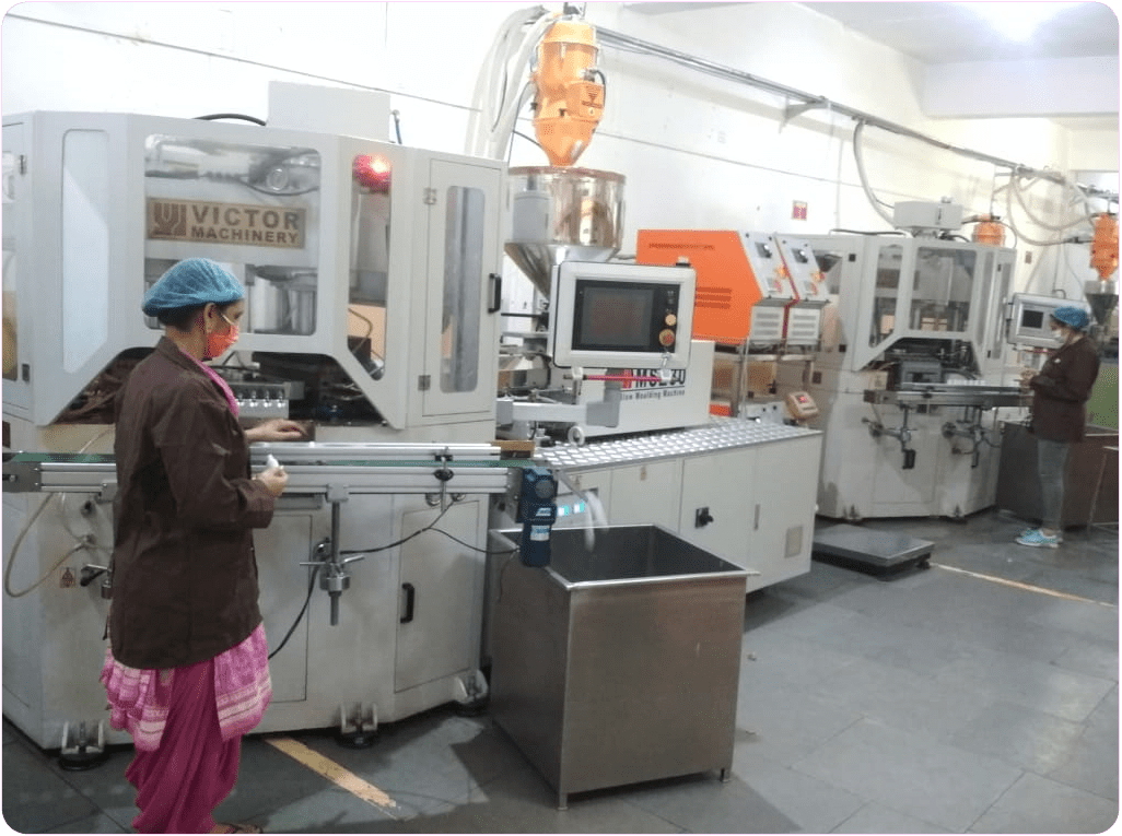 INJECTION BLOW MOULDING (IBM) Machine
